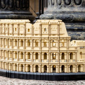 largest lego set 10276 colosseum officially recognised by guinness world records
