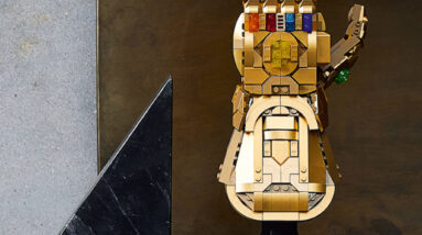 its official lego marvel 76191 infinity gauntlet has set a new record for the lego group