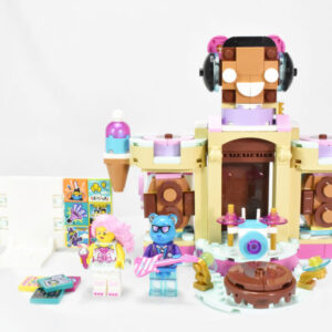 lego vidiyo 43111 candy castle stage review