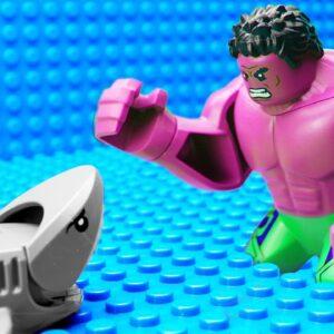 Baby Shark vs Red Hulk