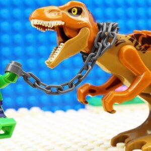 Lego Hulk vs Dino Kinetic Sand