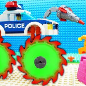 Police Super Stramroller Bulldozer vs Castle Prison Truck Lego