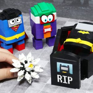 Heroes in LEGO AMONG US - if BATMAN, SUPERMAN, JOKER is Food