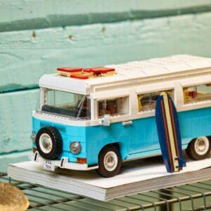 how lego upgraded from 10220 volkswagen t1 camper van to 10279 volkswagen t2 camper van