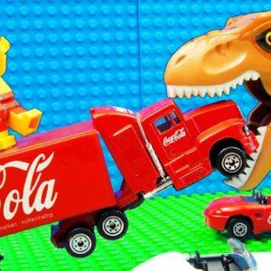Godzilla vs Coca Cola Truck Porsche