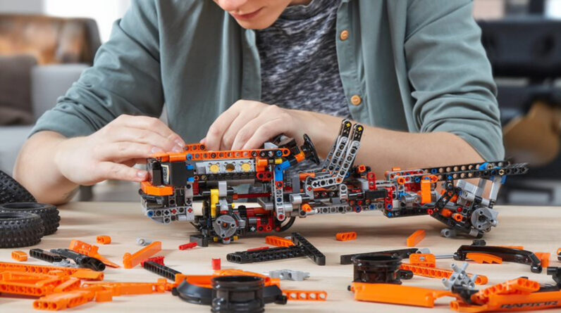 rumor of 9 new lego technic sets coming next year