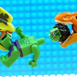JURASSIC WORLD EVOLUTION Green T-REX Dinosaurs vs Hulk